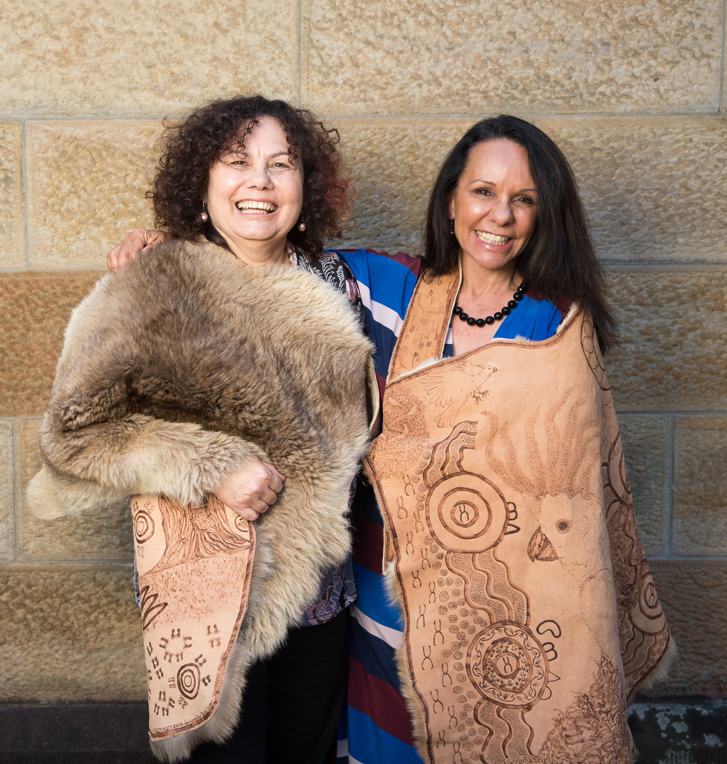 Linda (R) with Wiradjuri woman and friend Lynnette Riley (L)