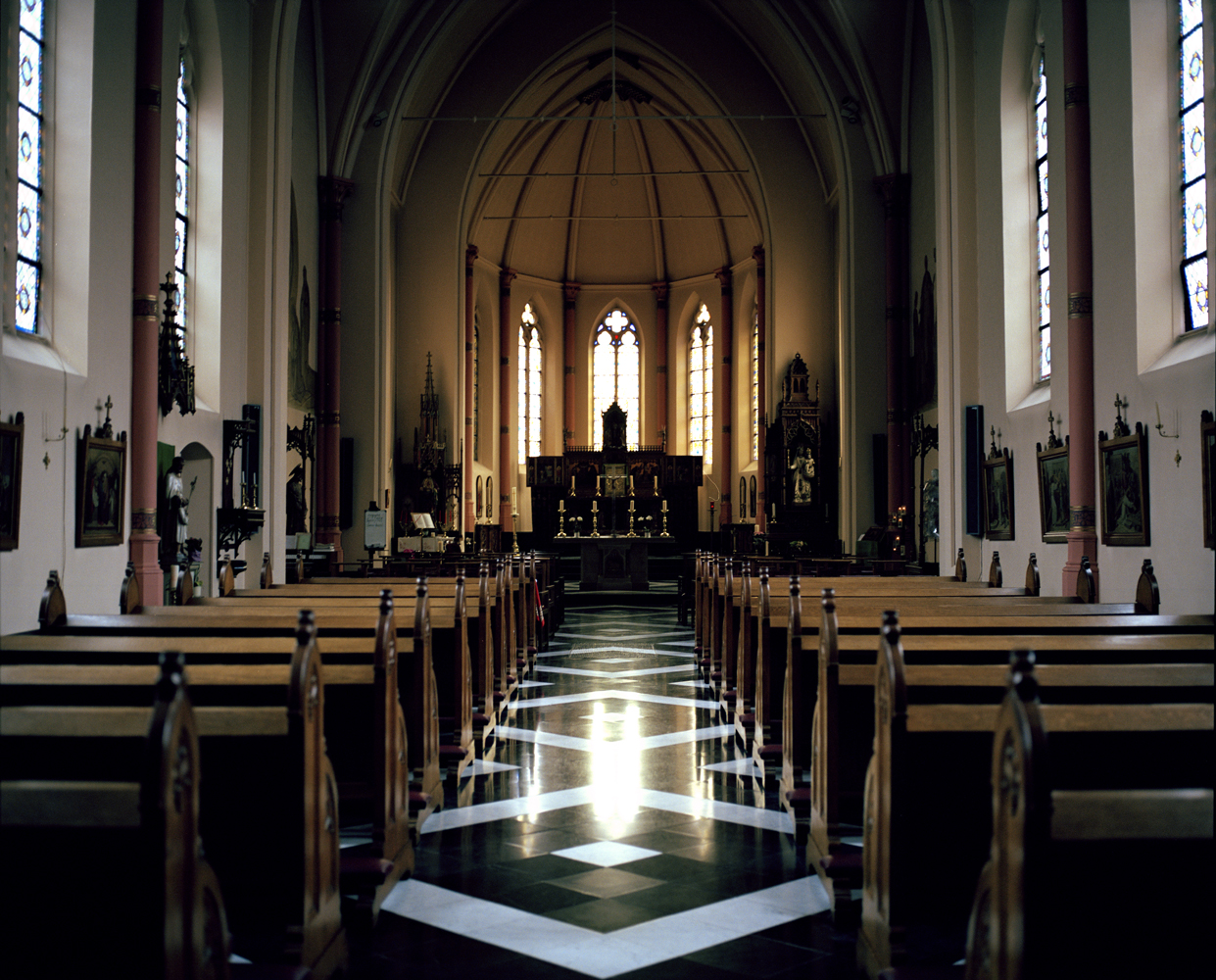 Chapel at Our Lady of Seven Sorrows, Ruiselede, Belgium