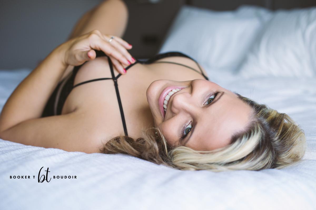 Kansas City Boudoir blonde client smiling