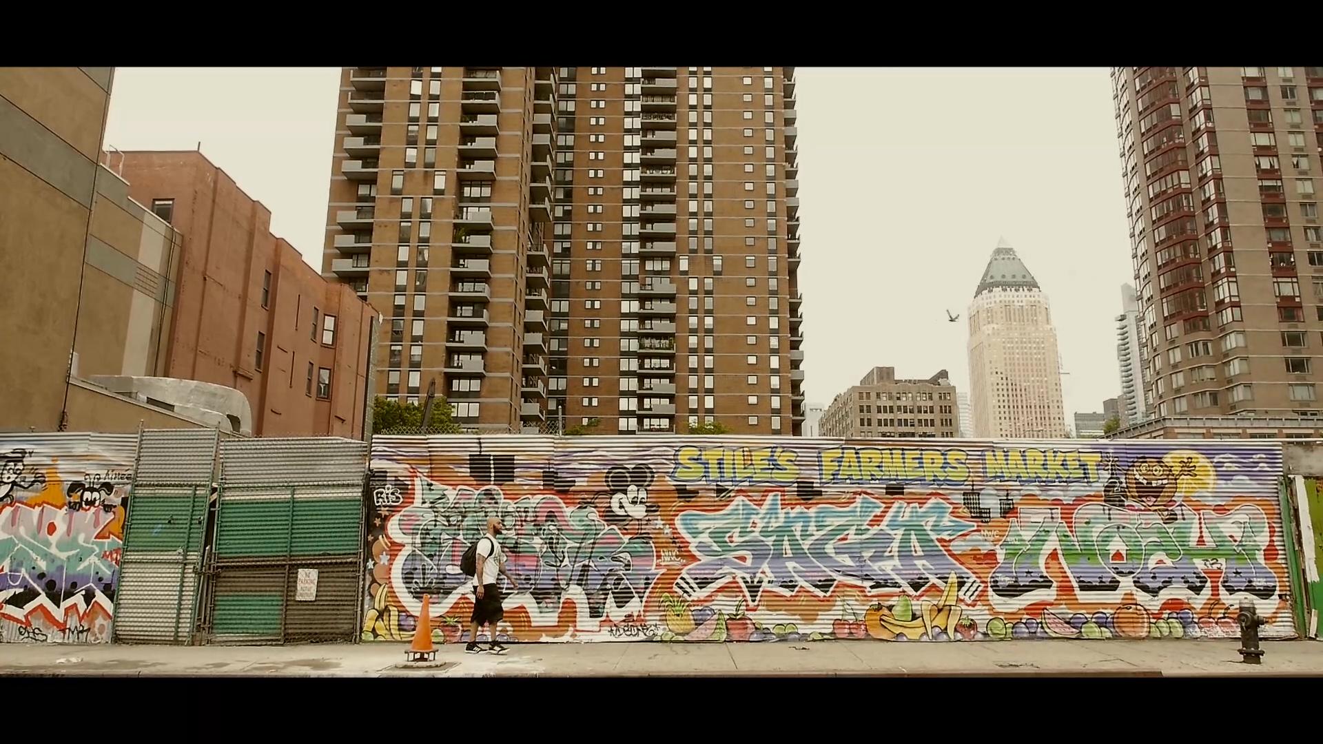 Mic Lungz The City.mp4.Still006.jpg