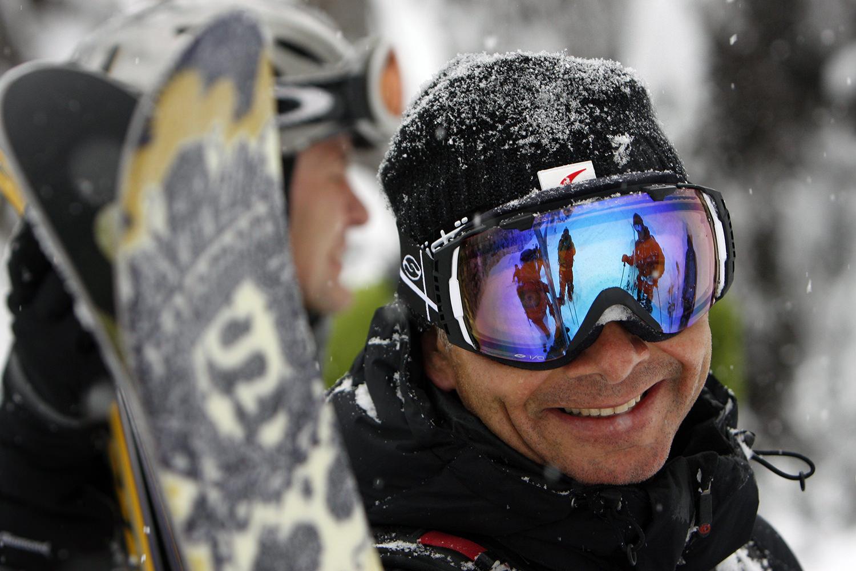 Beautiful Heli Skiing Tours