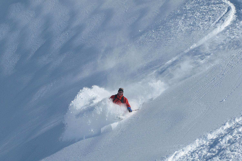 Chile Heli Skiing (3).jpg