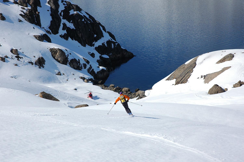Heli Skiing Greenland (4).jpg