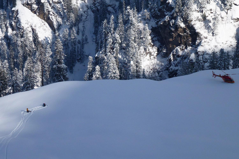 Heli Skiing in India (8).jpg