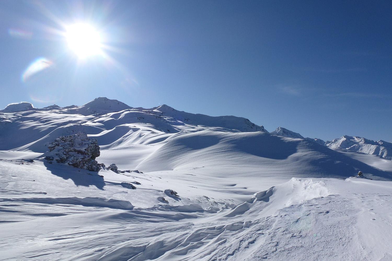 Heli Skiing in India (9).jpg