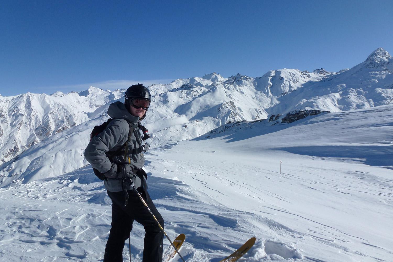 Heli Skiing in India (10).jpg