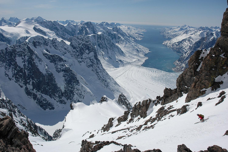 Heli Skiing Greenland (8).JPG