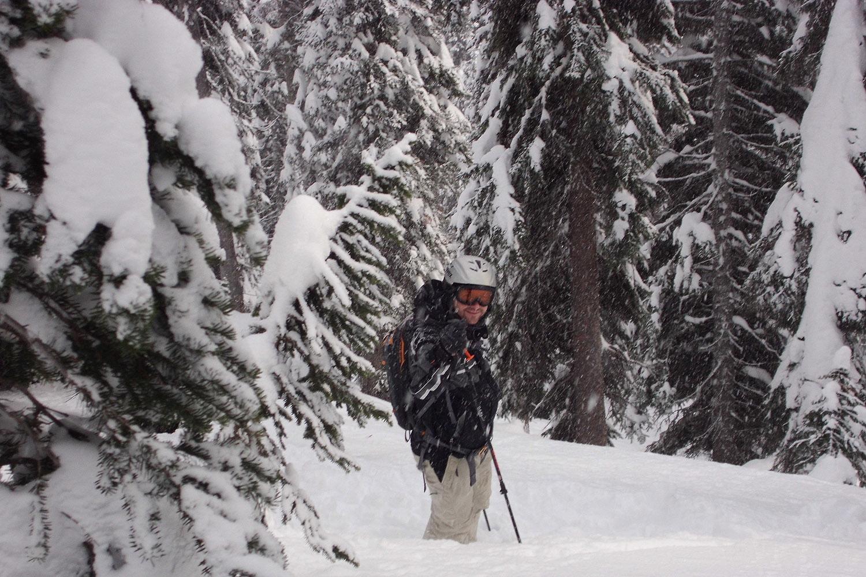 Total Heliski CES Heli Ski Tour (13).jpg