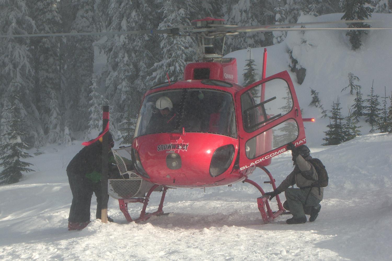 Total Heliski New Year's Heli Ski Tour (12).jpg
