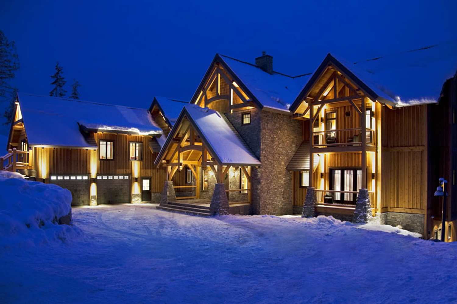 Bighorn Revelstoke Luxury Accommodation