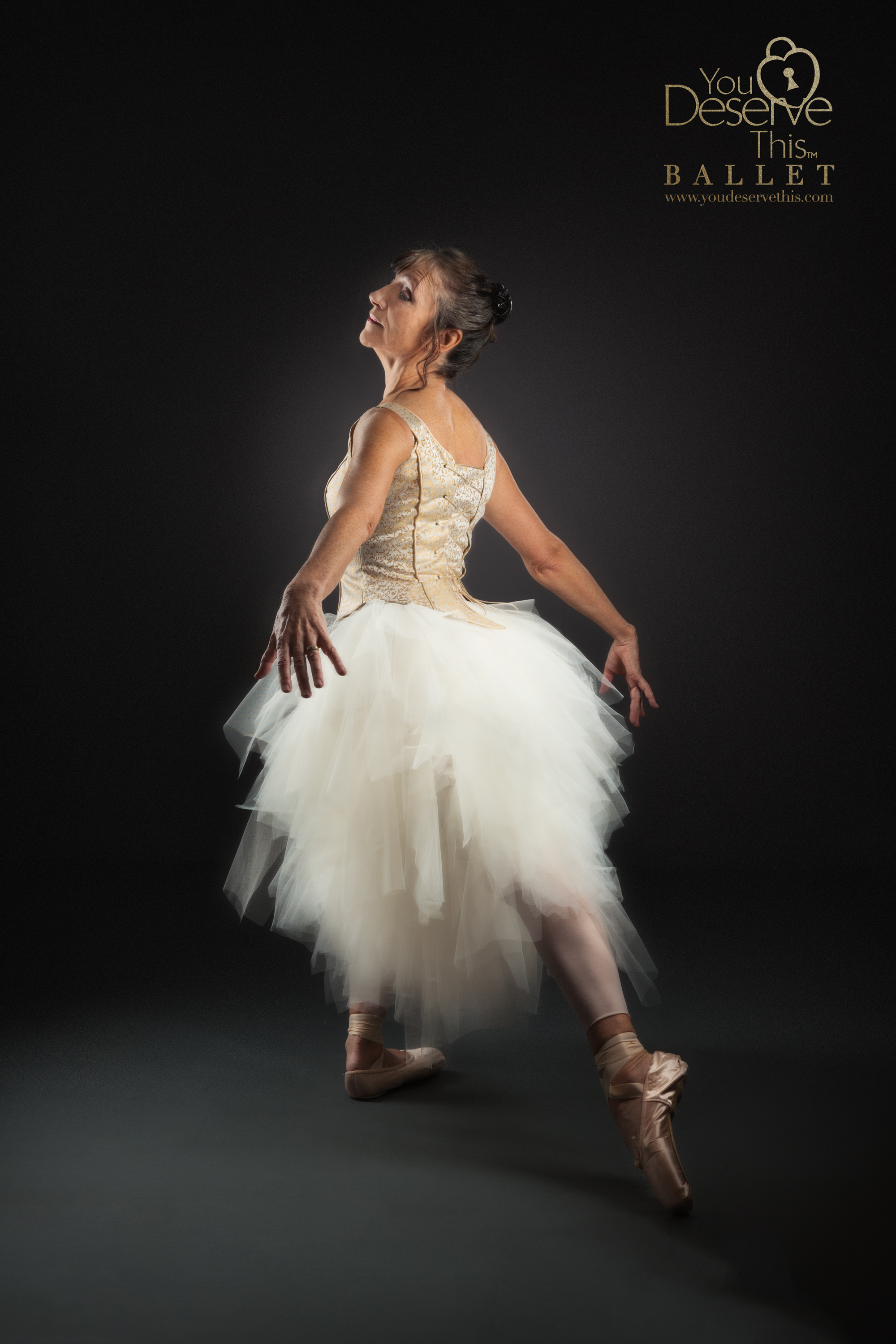 Love this beautiful ballet pose. Gorgeous Ballet Photographs from You Deserve This Portrait Studio uk. www.youdeservethis.com