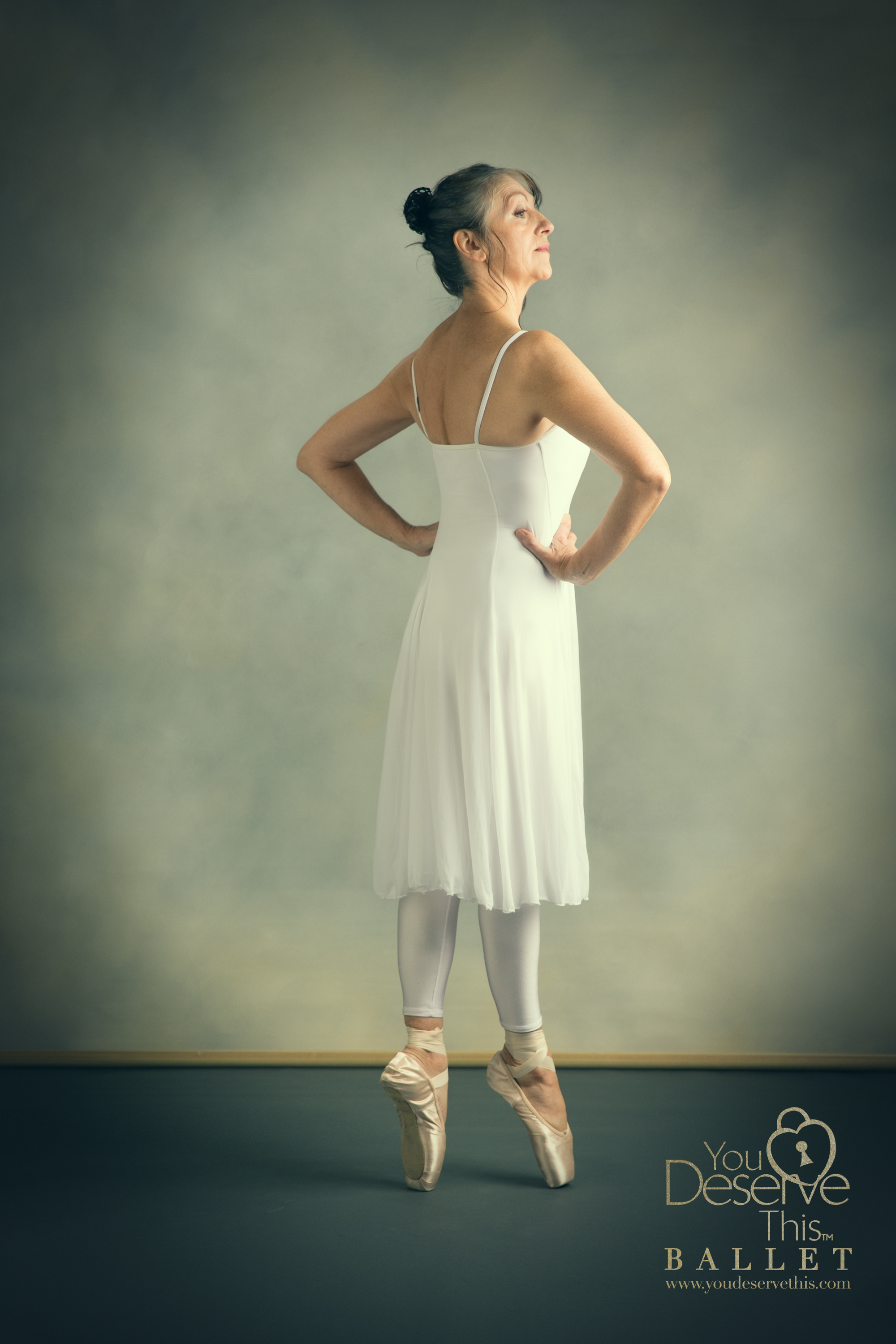 Such grace and poise, beautiful dancing photograph www.youdeservethis.com