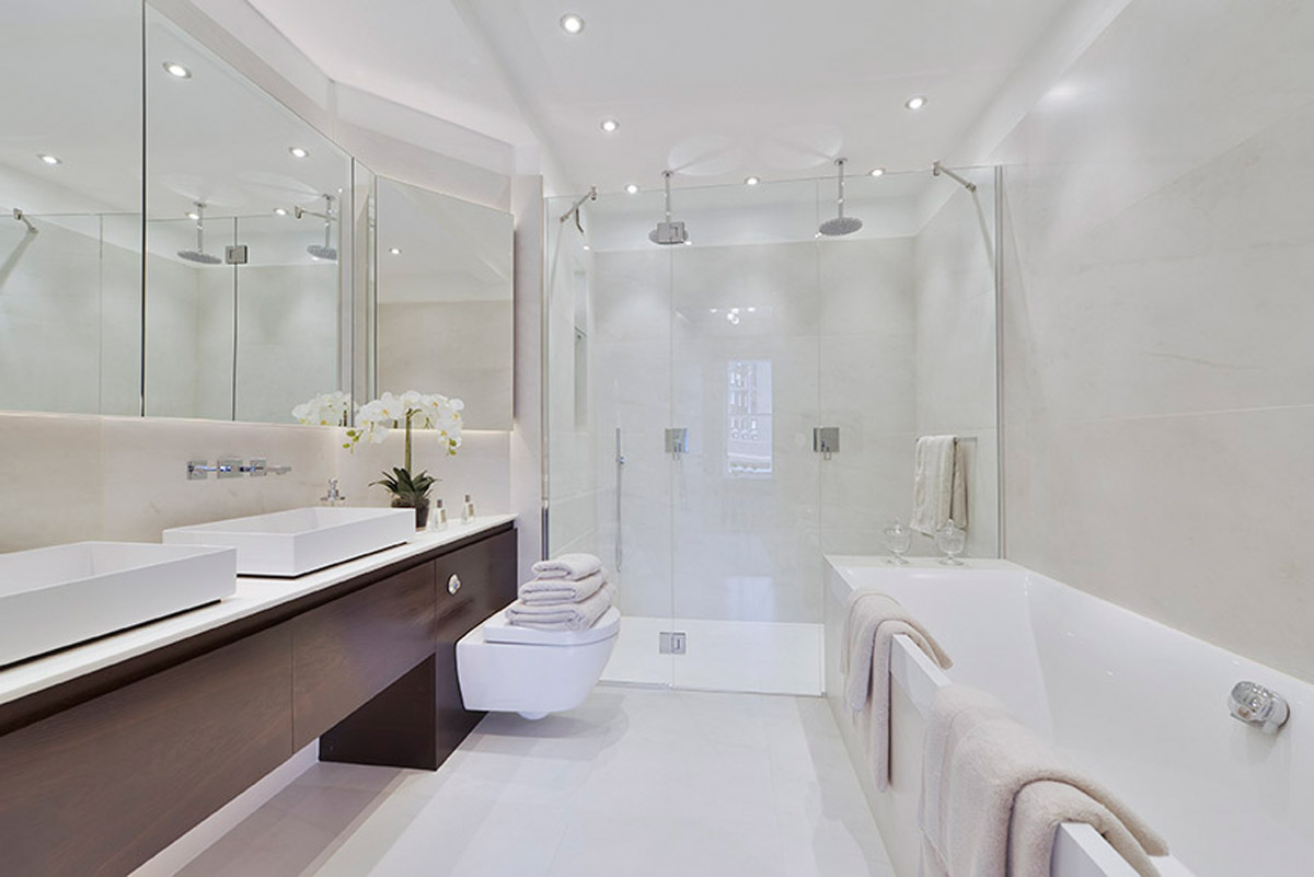 Master bathroom.jpg
