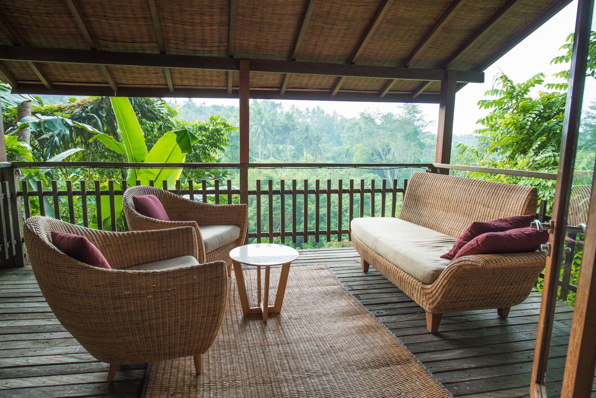 master suite balcony.jpg