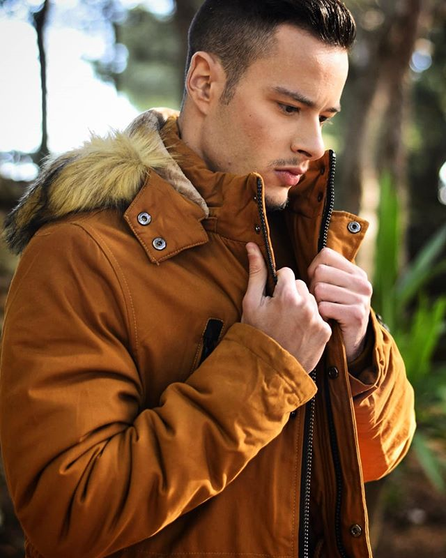 Aprovecha y regálale un  buen abrigo en Maylu Moda! 🎉🚨 TODO AL - 20% DE DECUENTO!!🚨🎉 www.maylumoda.org . 📸 @balma986 El Hilo Rojo Fotografía . . ⚡@davidcm9 🎨@beautyartist.m @beautyartist_jessica  #maylu #moda #fashion #curvymodel #curvygirl  #curvyfashion #shoponline  #shop #shopping #nikon #invierno #otoño #vogue #instagood #instalike #instafollow #instafashion #instapic #instafamous #model #girl #instaphoto