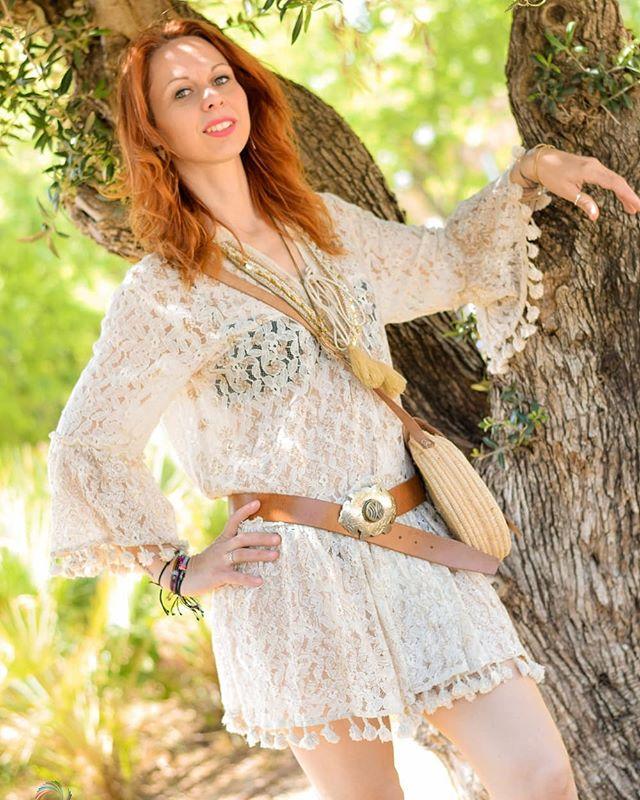 El mismo outfit, diferentes personas. Cada quien le da su estilo a la ropa.🥰♥️📸 . . .  www.maylumoda.org 👆👆👆👆👆 . . . . ⚡@lidia1972bel ⚡@lilurape 📸@fotografiabalma 💍@lydiaramosjoyas . . . #maylu #moda #fashion #curvymodel #curvygirl  #curvyfashion #shopping #nikon #summer #vogue #instagood #instalike  #instafashion  #instaphoto #photooftheday #cute #tbt #summer #sunnyday