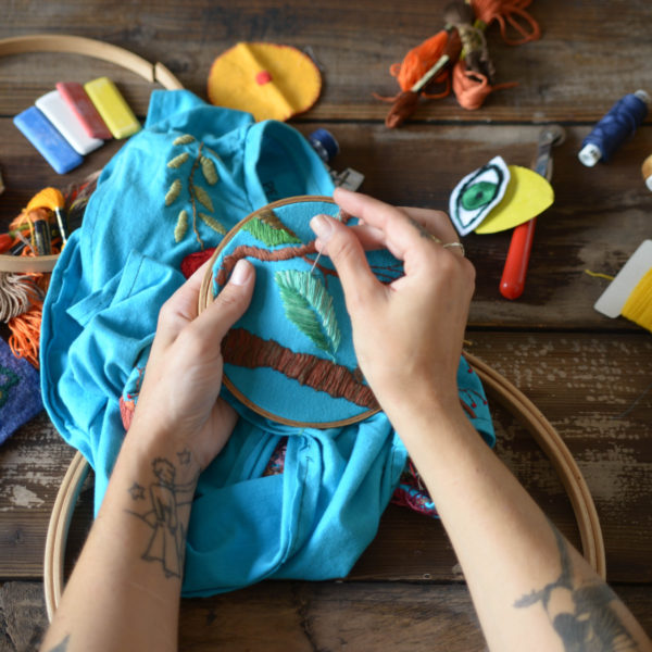 Learn-to-Embroider-600x600.jpg