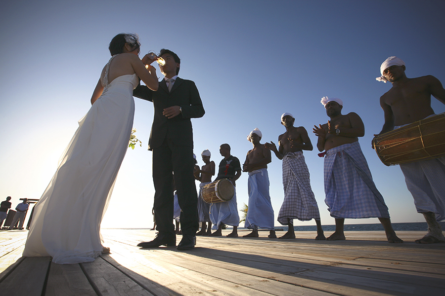 maldives . mauritius . tahiti . wedding photography by kurt ahs . 5408.jpg