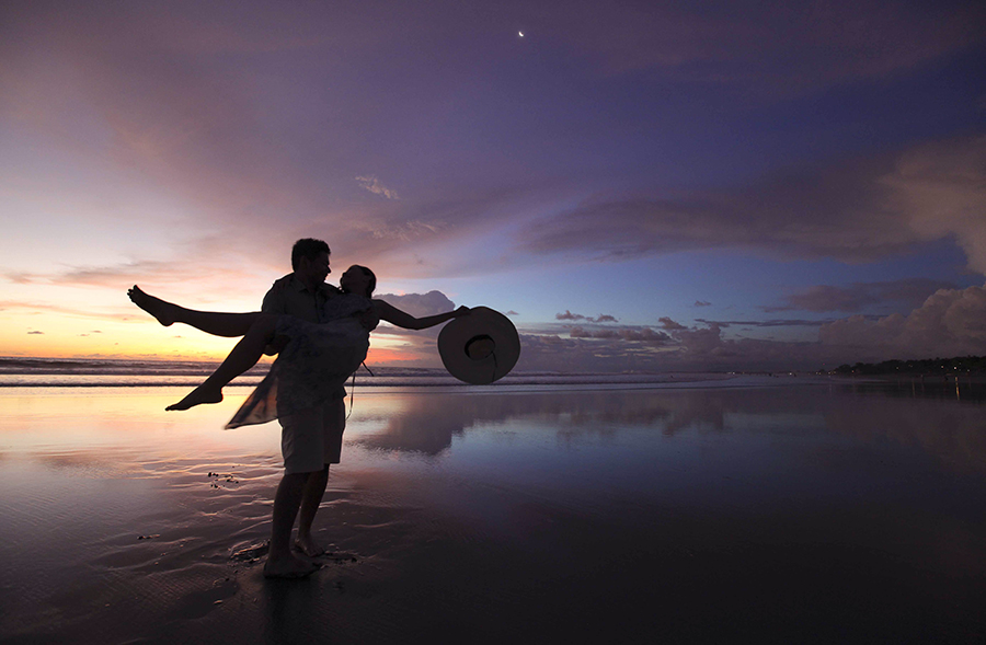 bali pre-wedding photography by kurt ahs . 5153.jpg