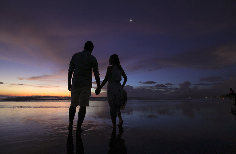 bali pre-wedding photography by kurt ahs . 5155.jpg