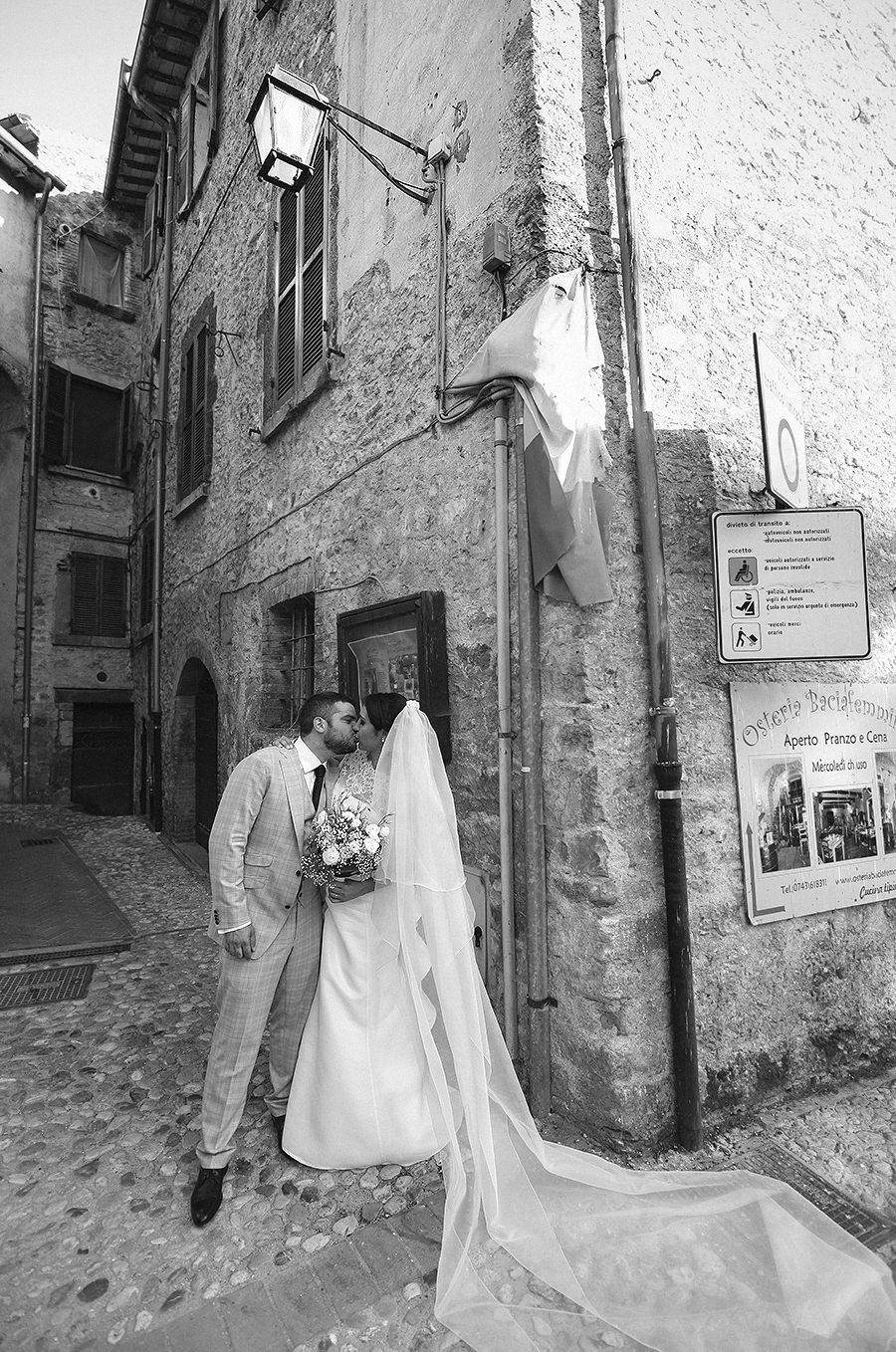 italy wedding photography by kurt ahs . alex + silvia ( washington united states ) . 7387.jpg