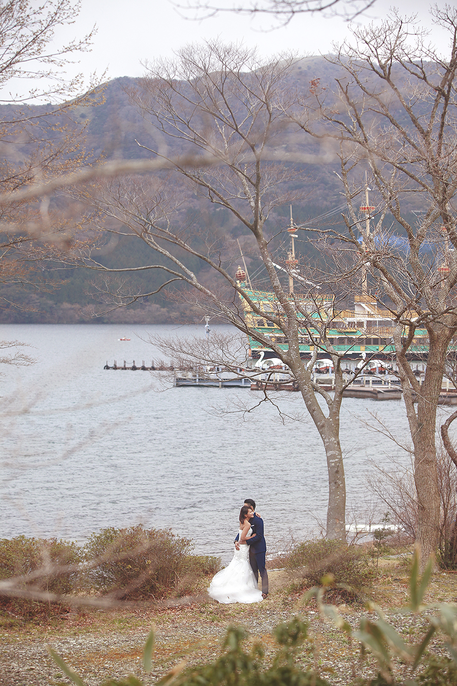 tokyo hakone japan spring sakura . engagement wedding photography by kurt ahs . ns + eu . 0374.jpg