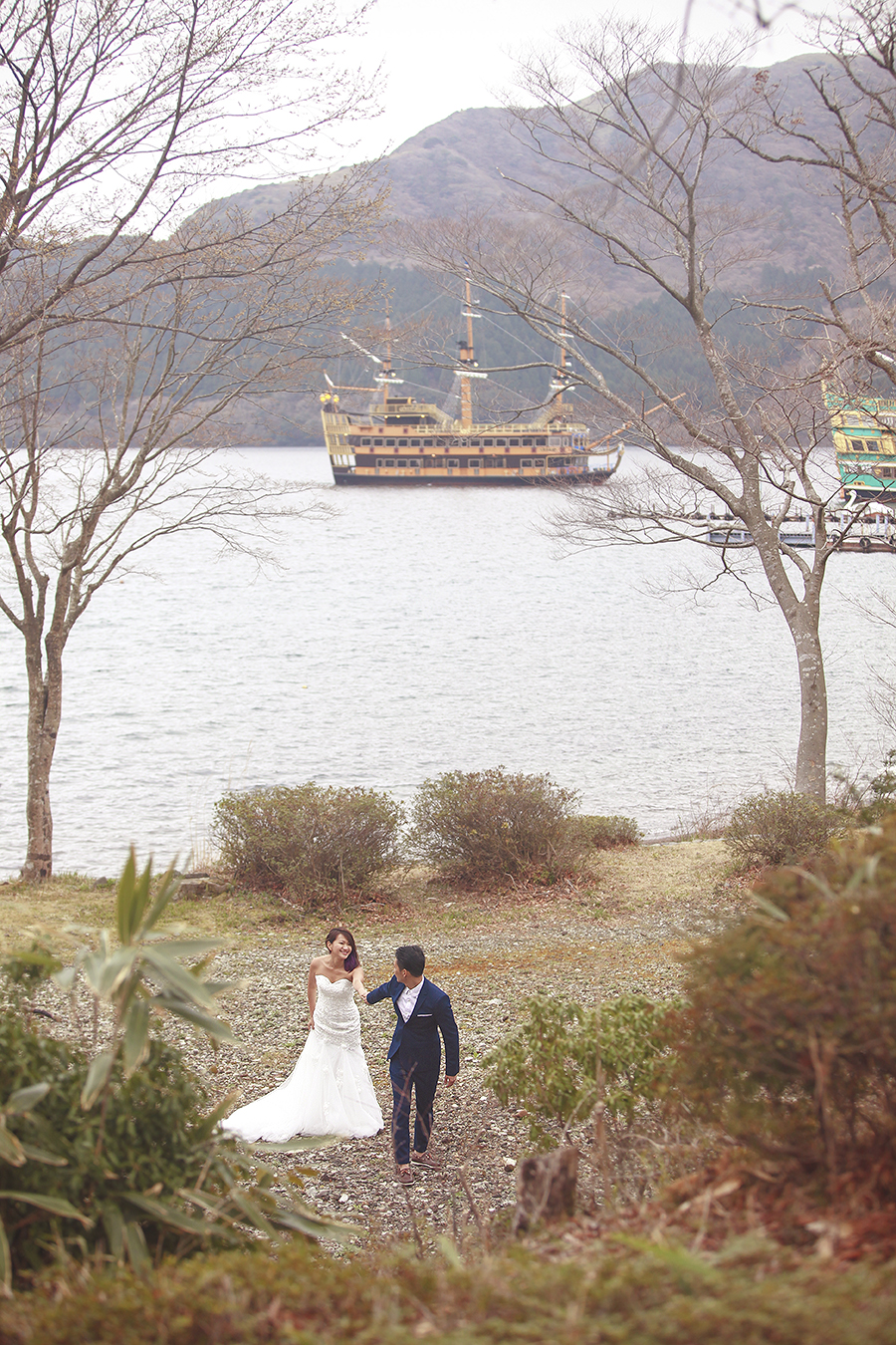 tokyo hakone japan spring sakura . engagement wedding photography by kurt ahs . ns + eu . 0383.jpg