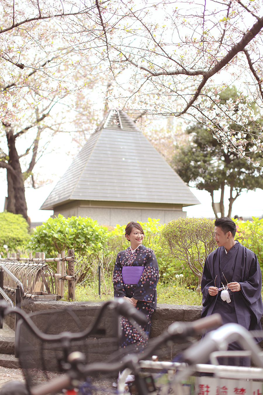 tokyo hakone japan spring sakura . engagement wedding photography by kurt ahs . ns + eu . 0406.jpg
