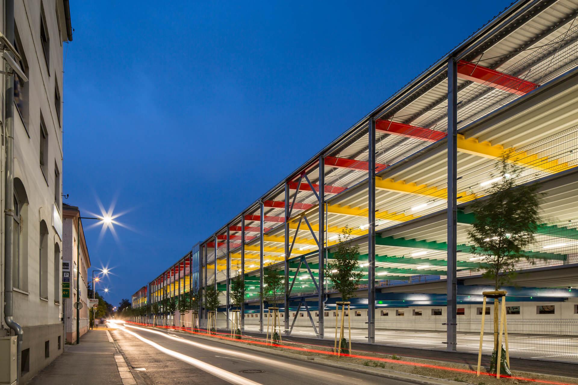 ÖBB_Parkdeck_Wels_Architekturfotograf_Josef_Fischer_Z4A7436.jpg