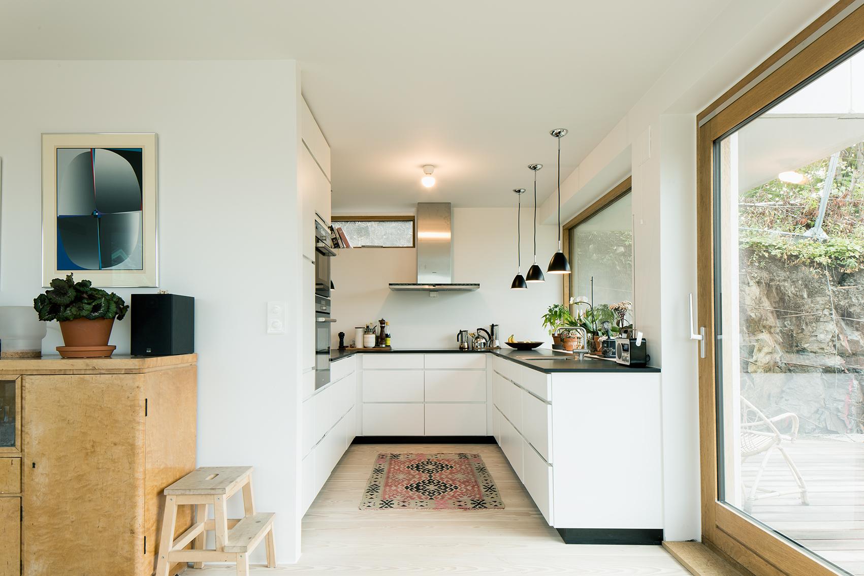 Otto Blehrsvei 1_Kitchen.jpg