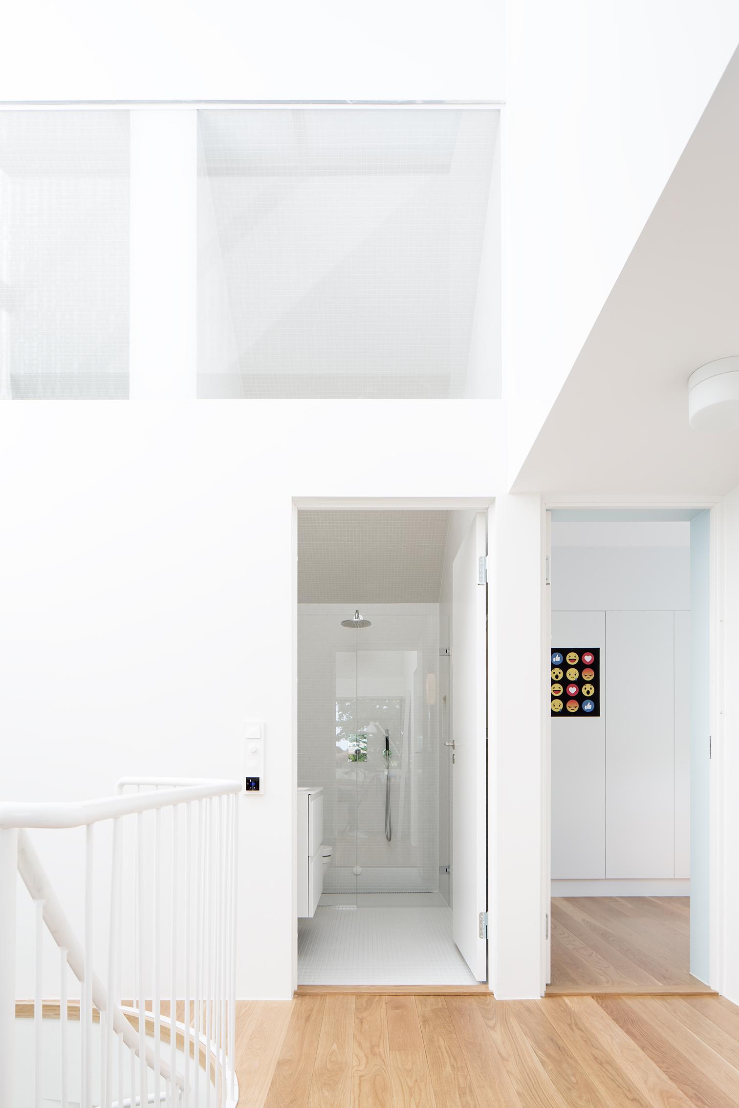 Hasselhaugveien50b_Bad andre etasje-1.jpg