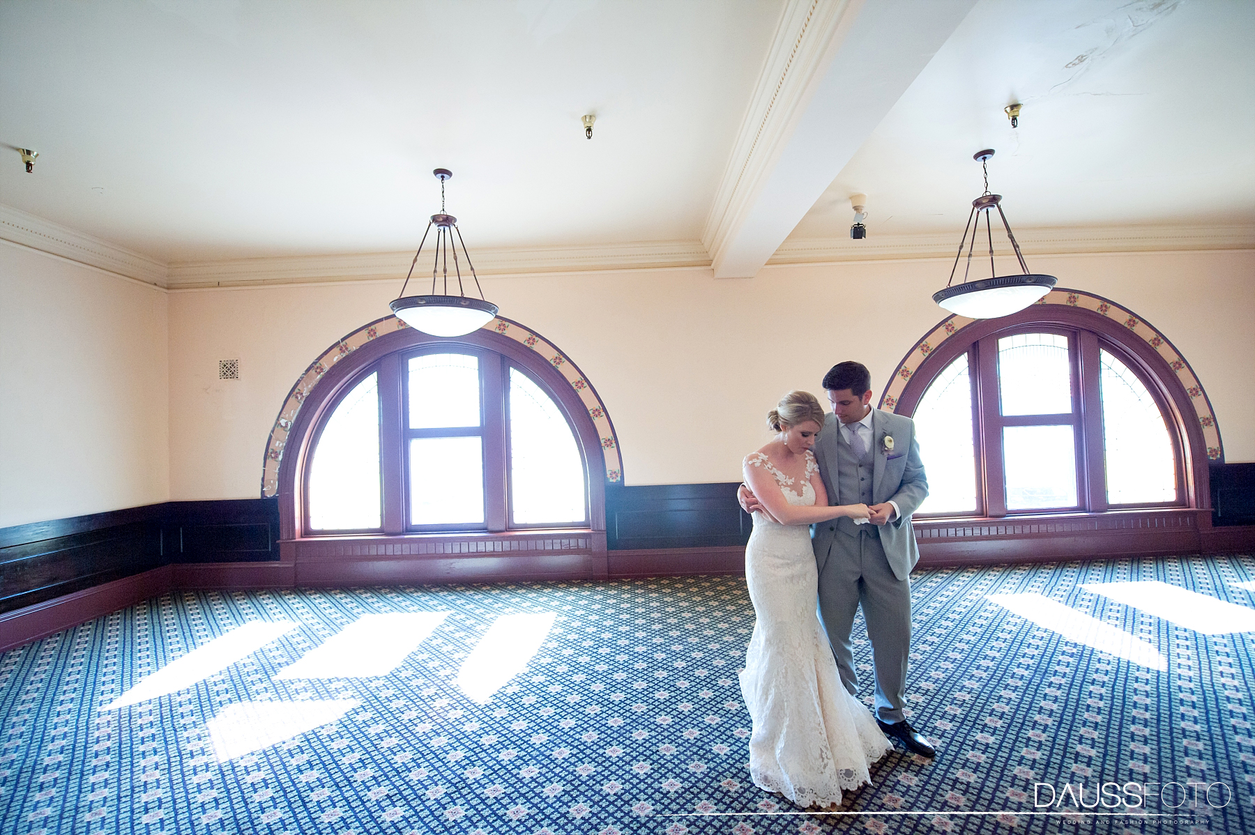 DaussFOTO_20160625_0396_Indiana Wedding Photographer_Crowne Plaza at Historic Union Station.jpg