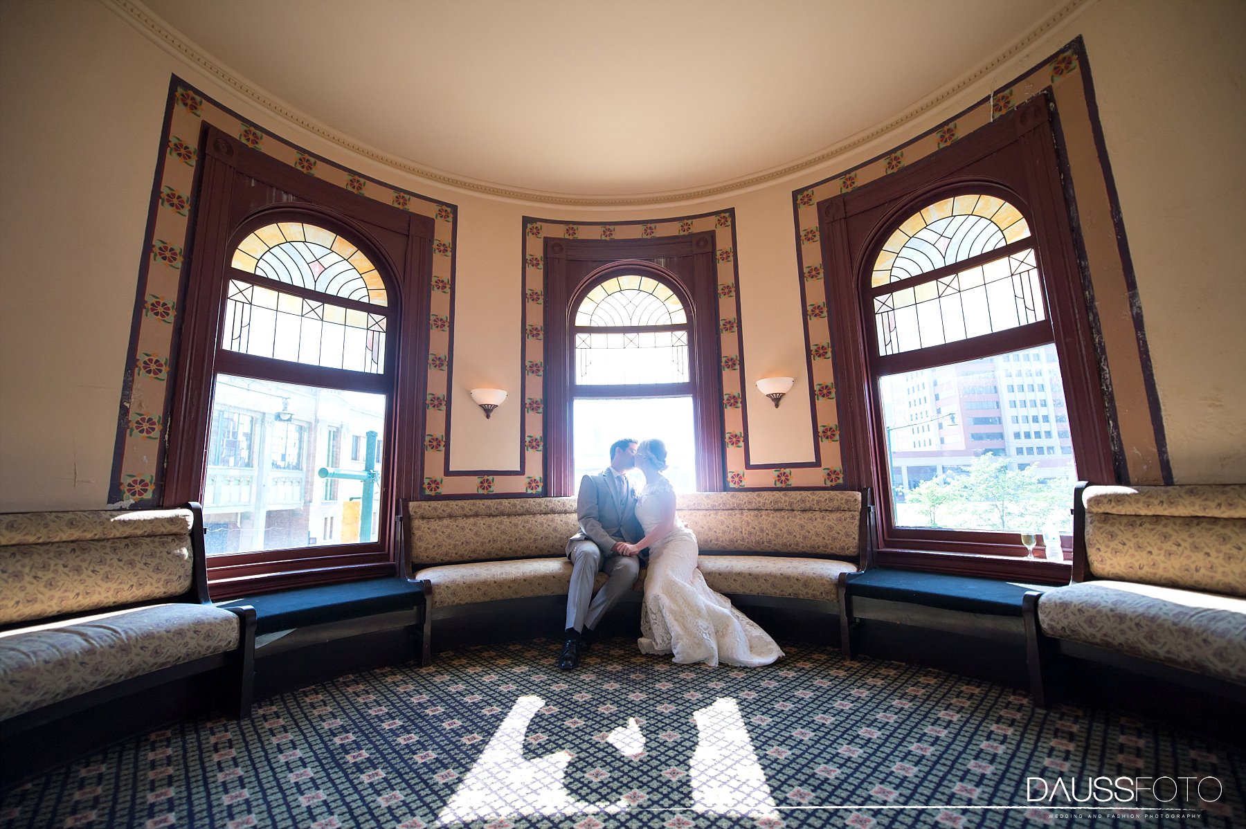 DaussFOTO_20160625_0407_Indiana Wedding Photographer_Crowne Plaza at Historic Union Station.jpg