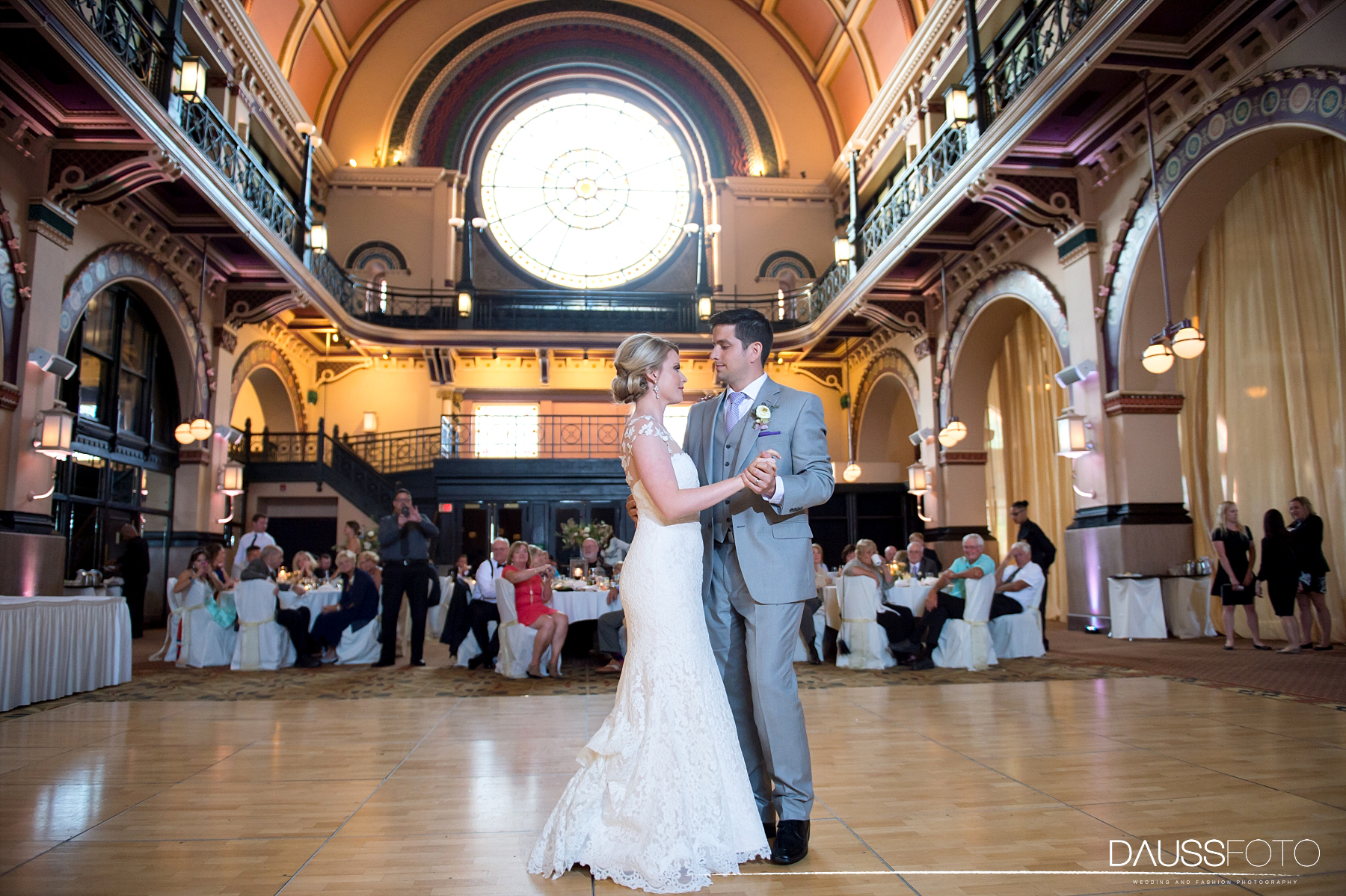 DaussFOTO_20160625_0500_Indiana Wedding Photographer_Crowne Plaza at Historic Union Station.jpg