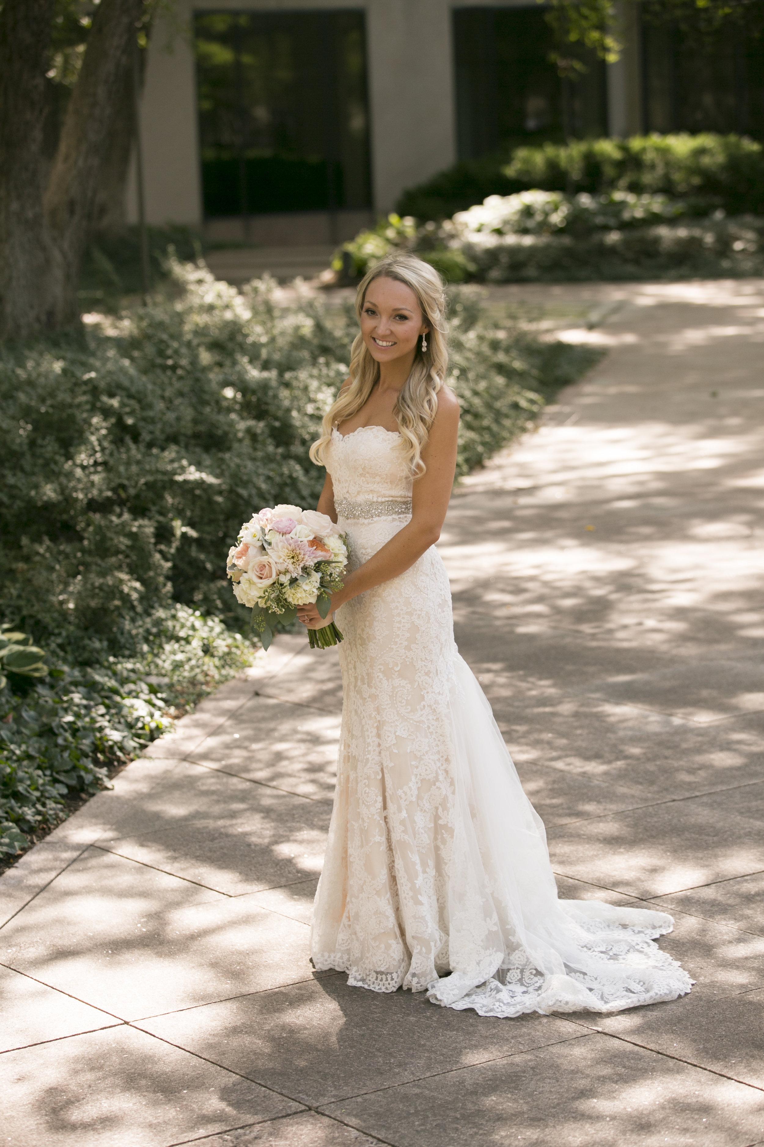 Bride_128.jpg