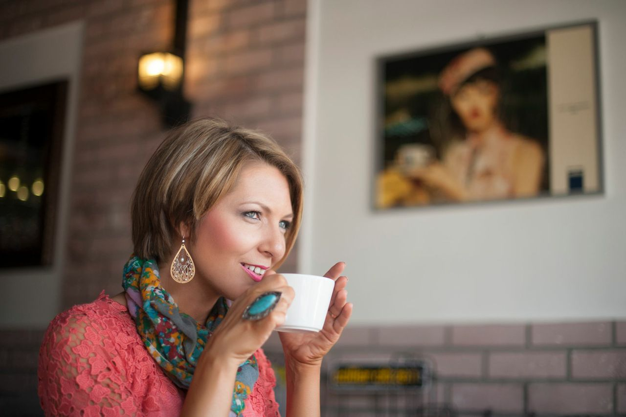 """Each week, professionals are invited to ask Erica anybusiness related question via email or special access conference call on Friday mornings. To find out how you can receive access to the private """"Coffee with Queenie"""" mastermind call, email Erica at Erica@thequeenofresults.com"""