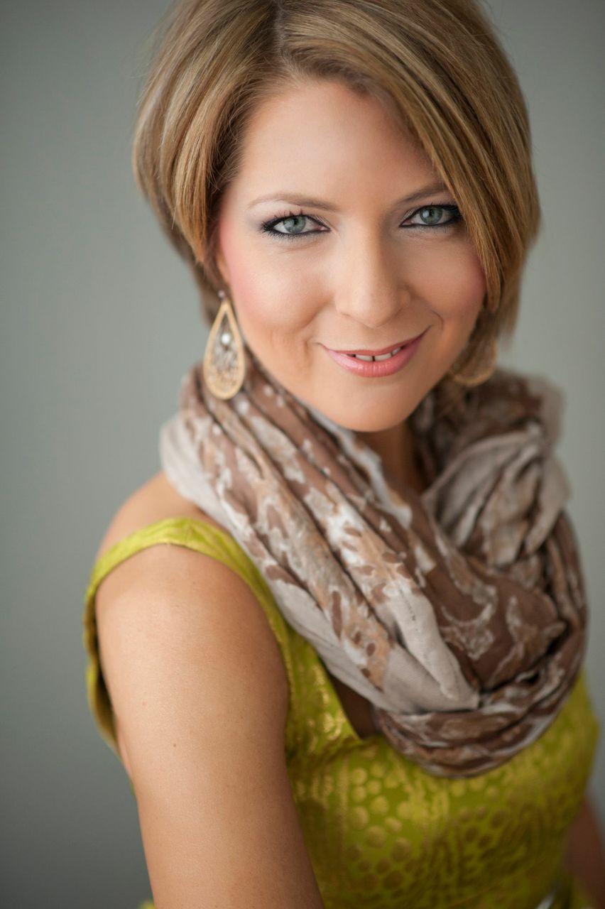 Erica Castner Headshot.jpeg