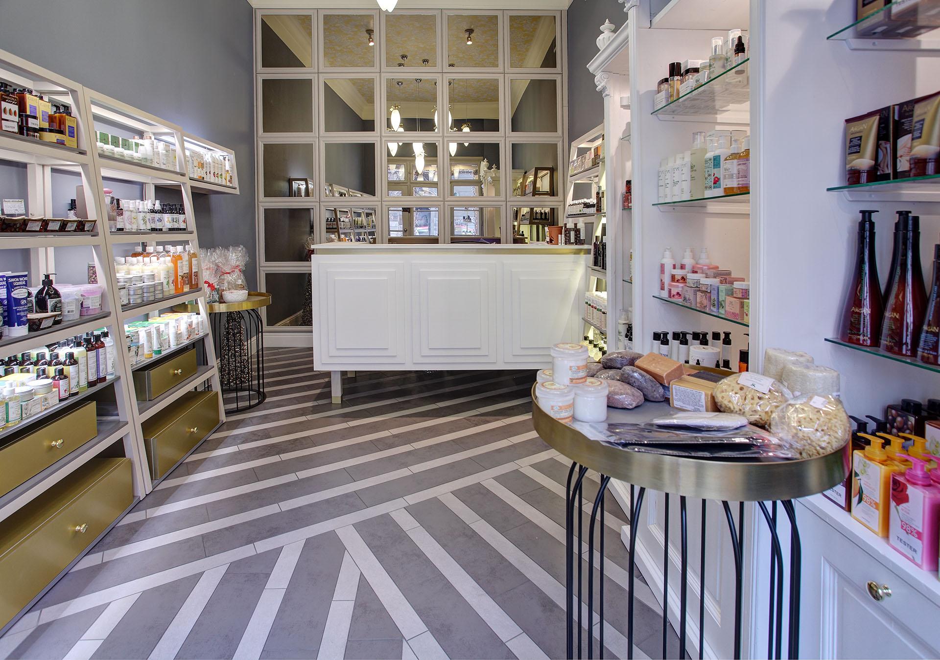 Projekt małego sklepu z kosmetykami