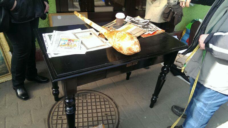 Stolik - przyszłe biurko córki na targu