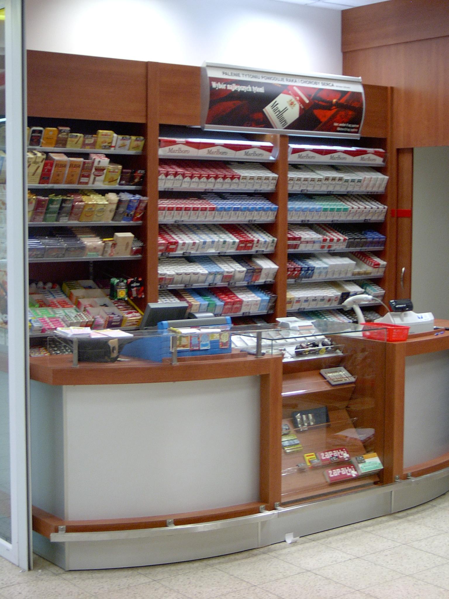 projekt-lady-w-sklepie-tytoniowym.jpg