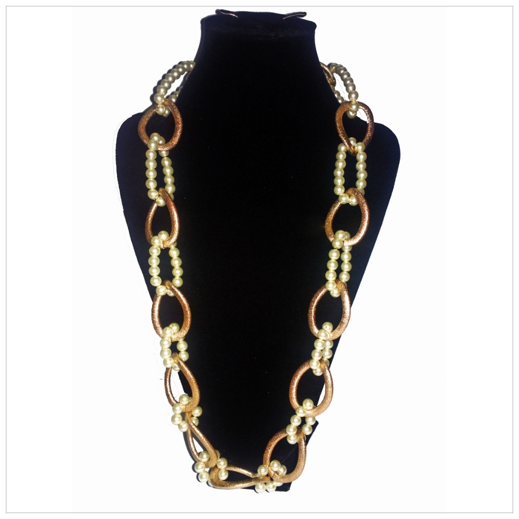 pearl and chain style 1(subject to availabilty).jpg
