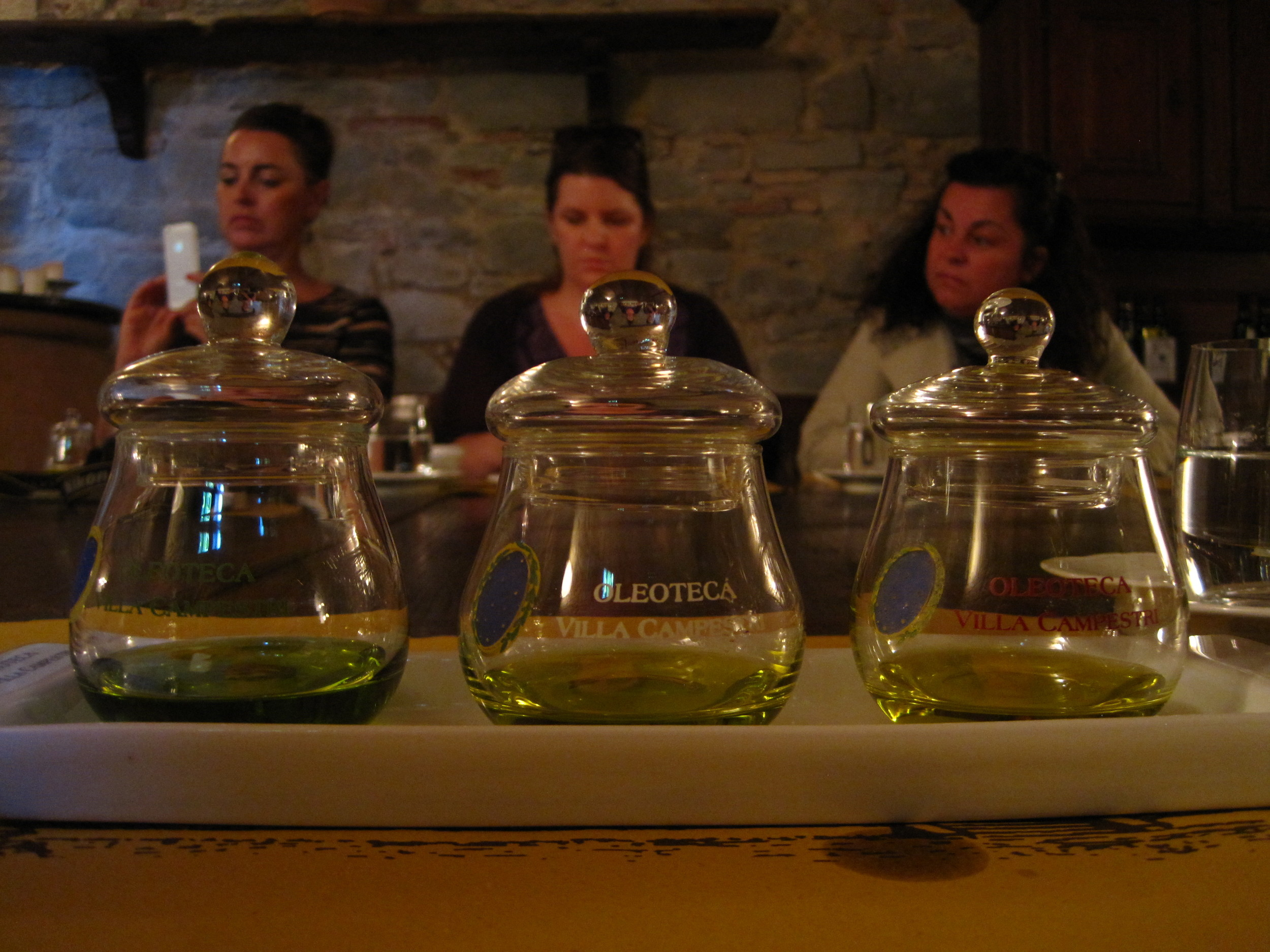 Guided olive oil tasting/sensory analysis at Villa Campestri. Now we know how to pick the good stuff.
