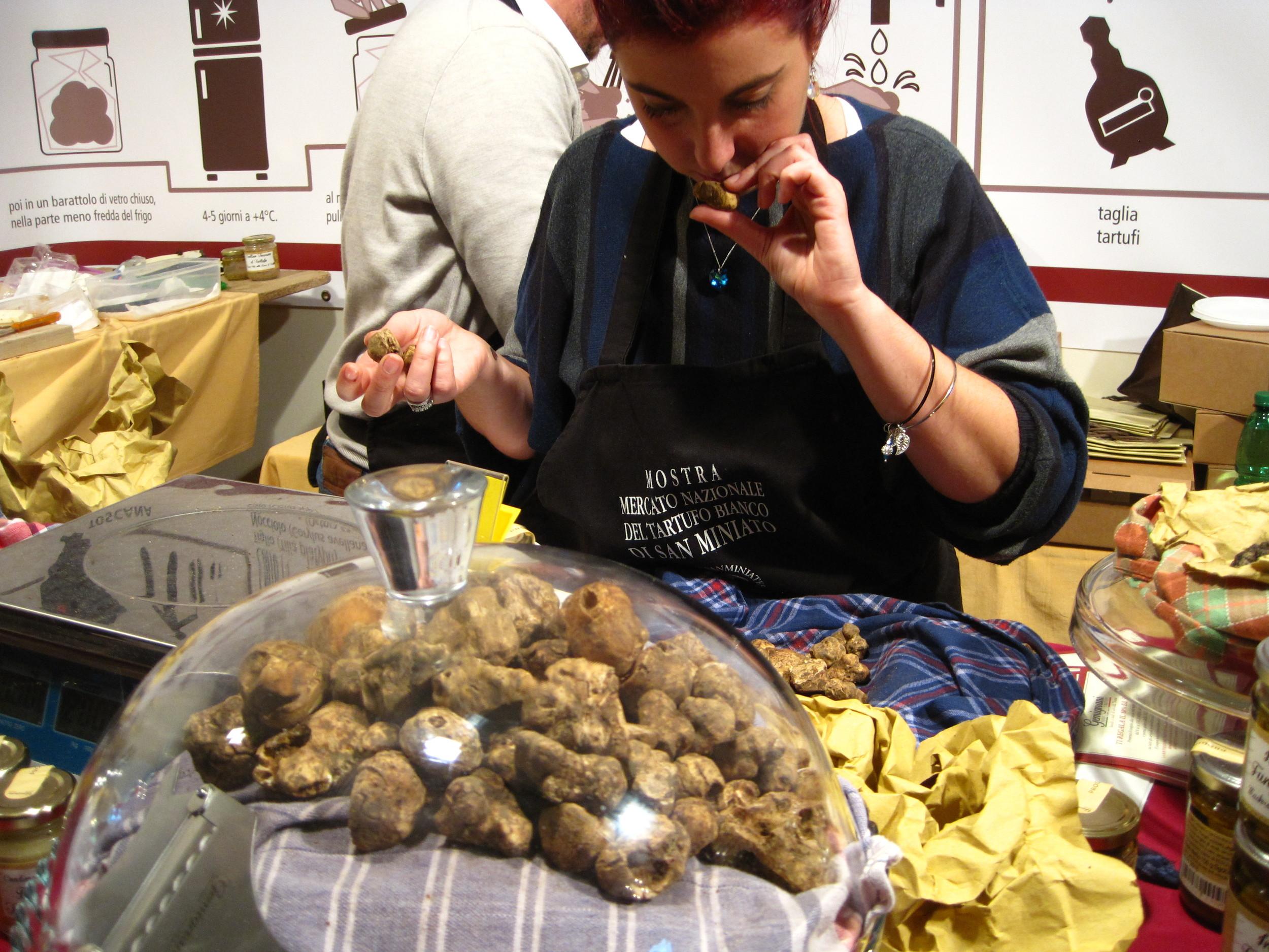 Truffle shopping at San Miniato's annual white truffle festival