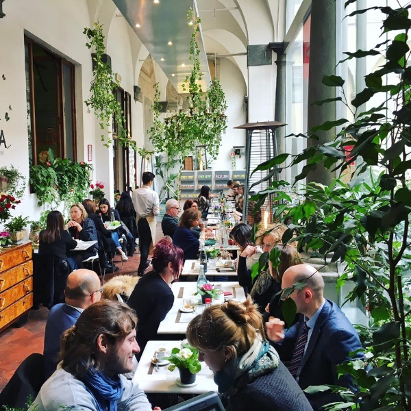 The courtyard at Quinoa. Photo Credit  Quinoa Firenze Facebook