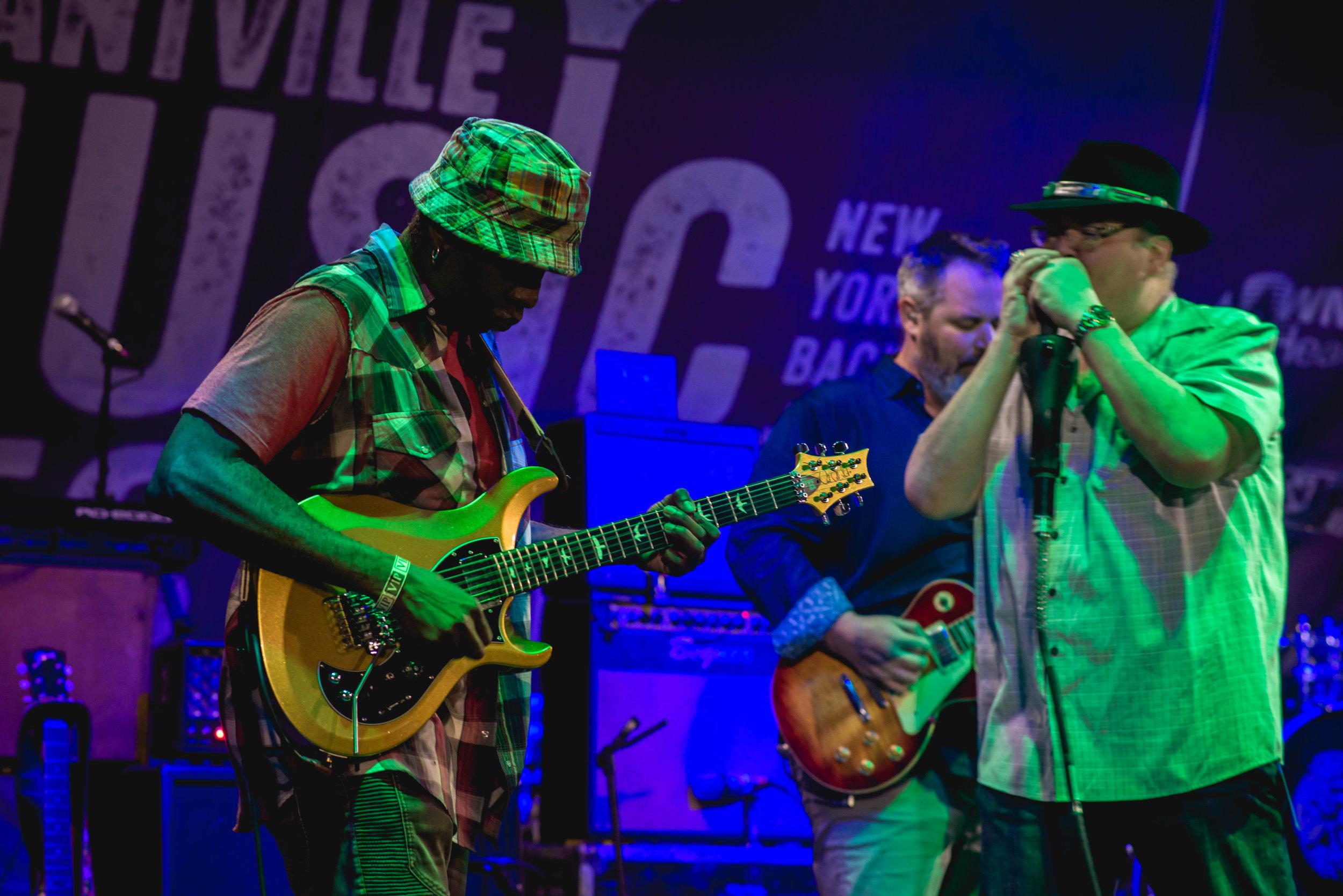 Vernon Reid of Living Colour joins Blues Traveler © 2017 Vladimir Kolesnikov