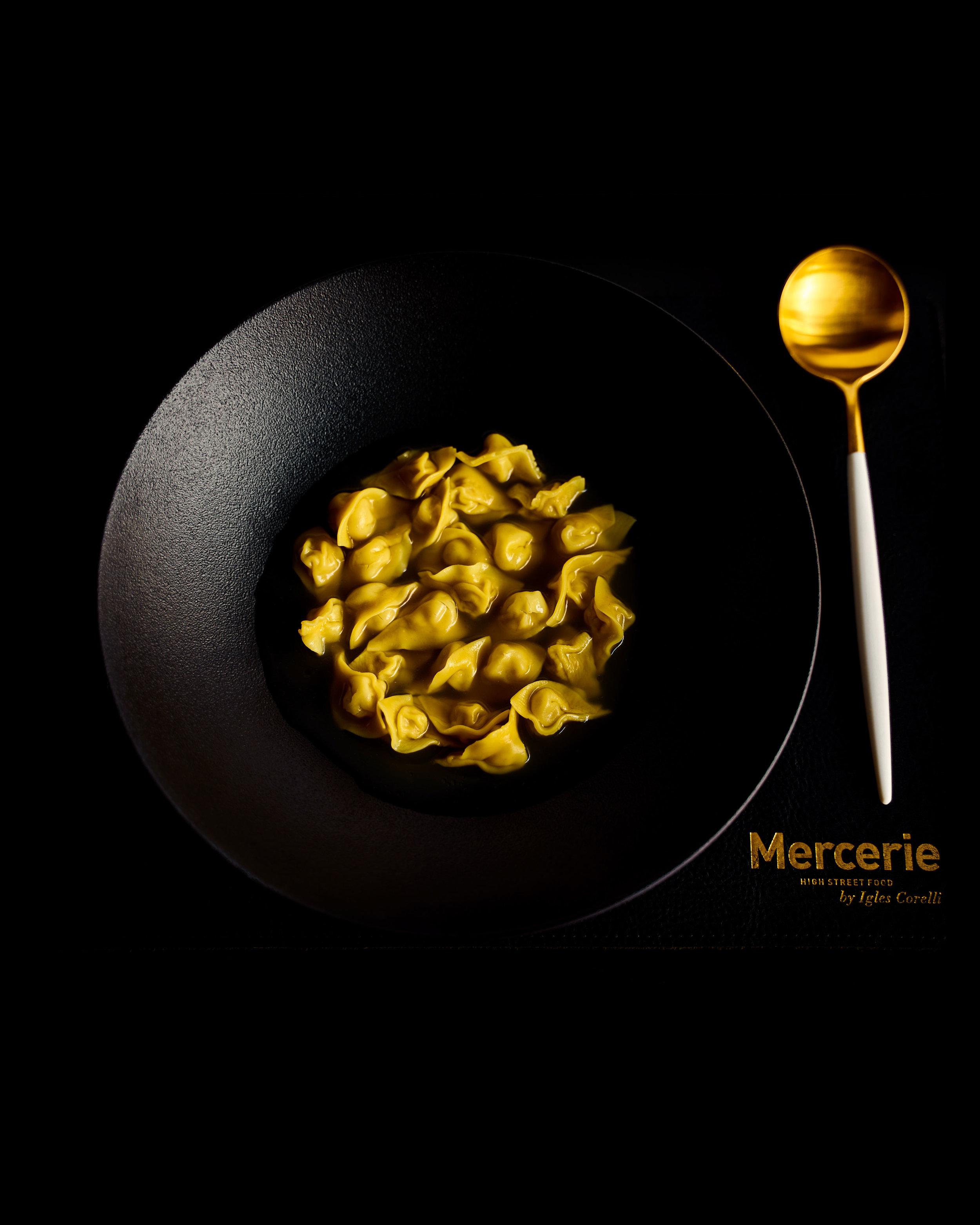 MERCERIE_0069_Dec-12-2018_LR_VERTICAL.jpg