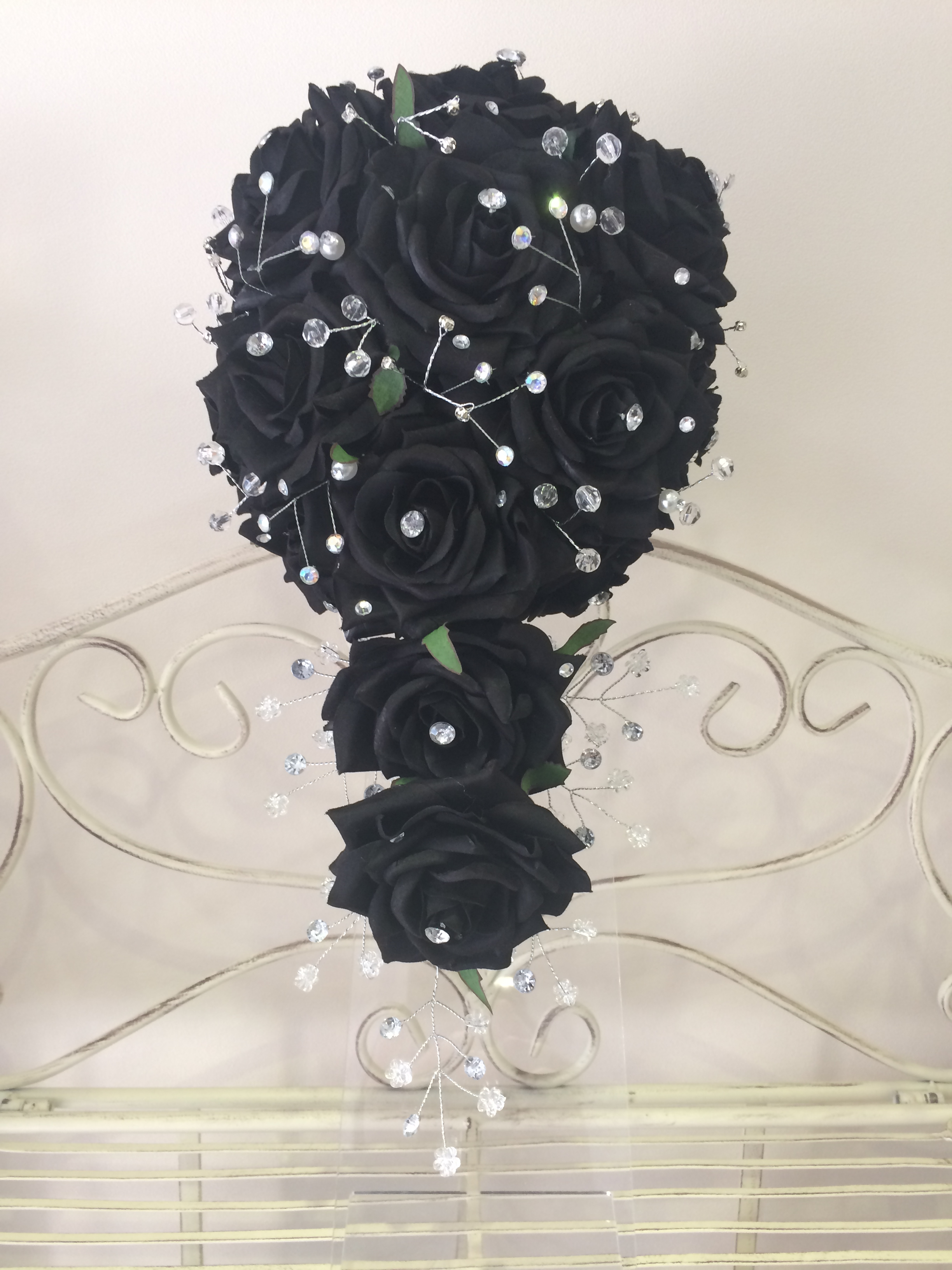 Medium Length Black Roses,  Crystal Teardrop     Bouquet