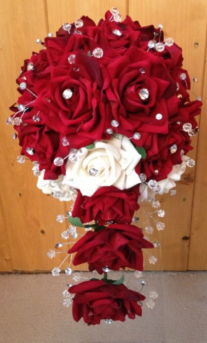 Medium Length Crystal Teardrop Bouquet With Red & Ivory Roses
