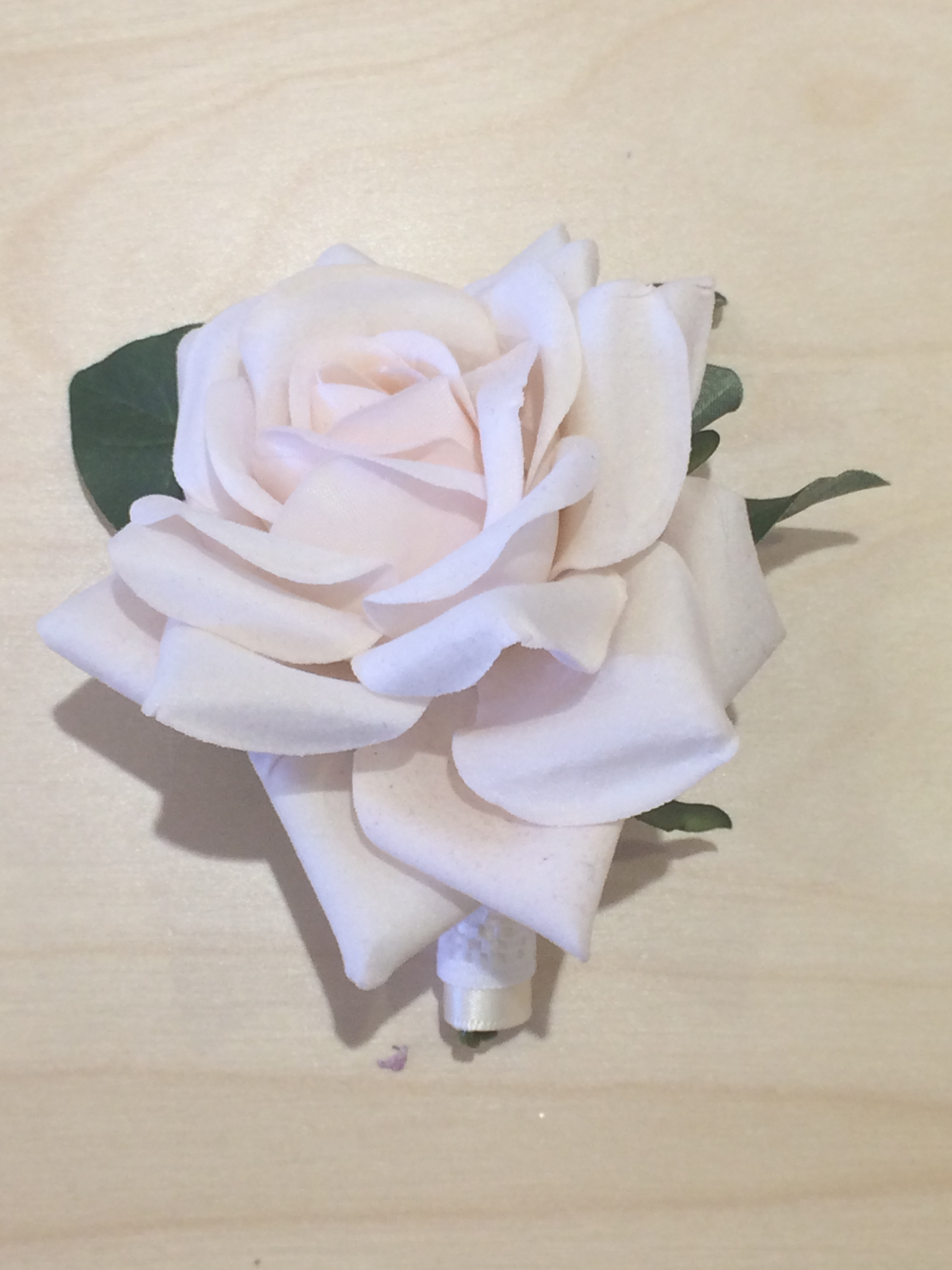 Men's Buttonhole - Ivory Rose With Leaves