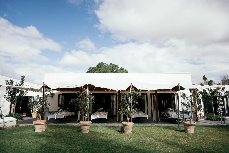 heisvisual-wedding-photographers-documentary-dorstdy-hotel-graaff-reinet-south-africa009.jpg